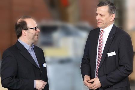 Andreas Kerkmann, Niederlassungsleiter KN Expo Service Hannover und Harald Windeler, Director, Technical Services for Exhibit (v.l.n.r.)