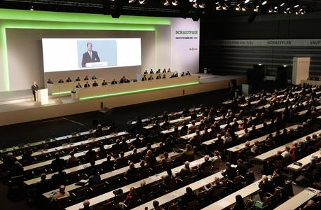Georg F. W. Schaeffler, Chairman of the Schaeffler AG Supervisory Board, welcomed the shareholders at the beginning of the Annual General Meeting