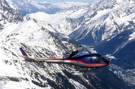 AS350B3 in flight (Foto: Eurocopter, Jérôme Deulin)