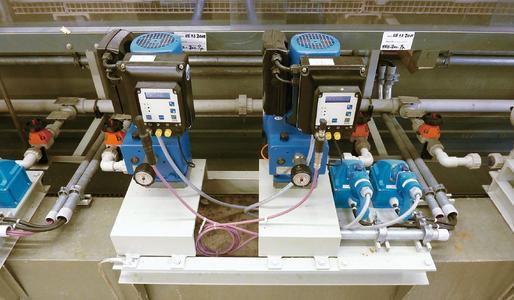 Perfect linking thanks to Profibus - dosing pump and redundant pump