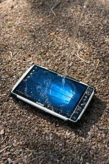 Handheld bringt eine neue Version des ultrarobusten Tablets ALGIZ 10X heraus