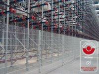 ECONFENCE-Schutzzäune bieten zertifizierte Sicherheit – wie hier bei einem automatisierten Hochregallager (Foto: TIEMANN Schutz-Systeme GmbH)