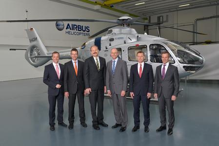 Neue Geschäftsführung von Airbus Helicopters, von links nach rechts: Stefan Thomé, Dr. Klaus Przemeck, Martin Schübel, Dr. Wolfgang Schoder, Johannes Kleidorfer und Oliver Schenzle, Copyright Airbus Helicopters, Juergen Dannenberg