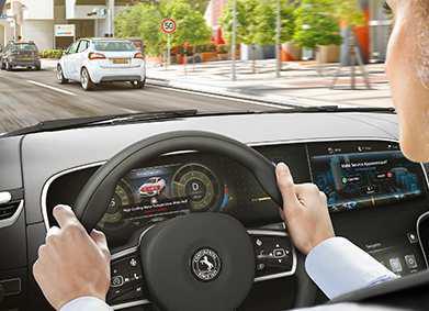 Fehler entdeckt, Termin vereinbart: Mit der Cloud-Lösung von Continental lassen sich innovative vernetzte Dienste auf der Grundlage von Fahrzeugdaten realisieren. Foto: Continental