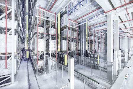 Das Exyz ist die ideale Lösung für eine vollautomatische Lagerung von Paletten