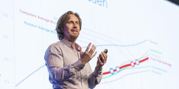 Über Künstliche Intelligenz & Digitale Transformation: Prof. Dr. Peter Gentsch am 6. Linked Data Day