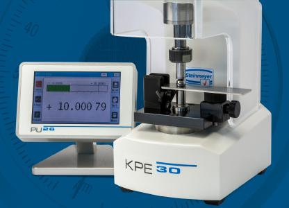 Die Kleinprüfeinrichtung KPE 30 eignet sich für mobile Messungen von zylindrischen und sphärischen Bauteilen und Messobjekten bis 30 mm