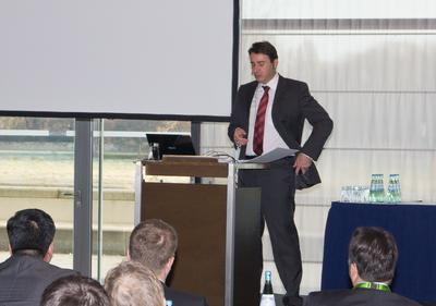 "Dr. Frank Löschmann spricht über Herausforderungen ""Beyond the Management: The challenges to interact in a globalized enterprise environment"""