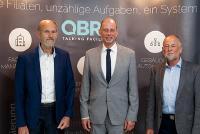 Die Vorstandsmitglieder Martin Wenzel (re.) und Arndt Hähle (li.) begrüßten den Wirtschaftsminister Wolfgang Tiefensee. © M. Schlutter