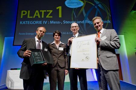 Bildunterschrift:Preisverleihung des Umwelttechnikpreises Baden-Württemberg 2009 an Festo AG &. Co. KG durch das Umweltministerium Baden-Württemberg