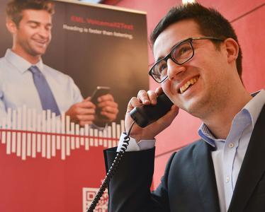 Bietet Vorteile im Call-Center: Echtzeit-Verschriftung von Anrufen.  Foto: EML