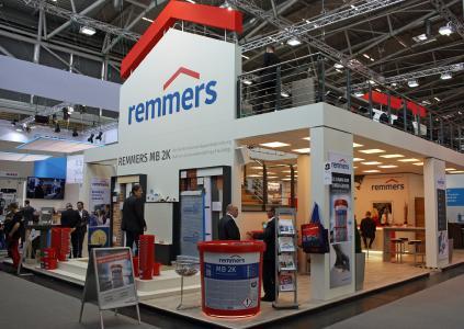 Remmers präsentiert den Messebesuchern der BAU 2019 live und in Farbe die Produkt-Highlights der kommenden Saison (Bildquelle: Remmers, Löningen)