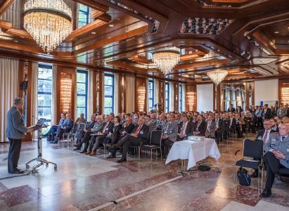 Spannende Vorträge sorgen für einen vollbesetzten Saal beim AFCEA Symposium