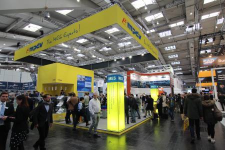 Der neu konzipierte MPDV-Messestand zog zahlreiche Besucher an und verlieh den ausgezeichneten MES-Lösungen der MES-Experten den passenden Rahmen
