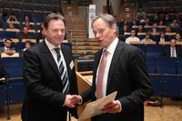 ACT übernimmt insgesamt sechs Stipendien im Wintersemester 2011/2012