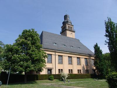 Die denkmalgeschützte Christuskirche ist mit 970 Sitzplätzen die größte evangelische Kirche in Oberursel, Foto: Caparol Farben Lacke Bautenschutz