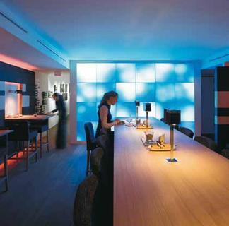 zumtobel auf der design biennale kortrijk zumtobel. Black Bedroom Furniture Sets. Home Design Ideas