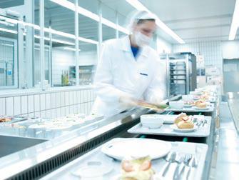 Energieeffizient und ressourcenschonend nutzt das Speisenverteilsystem die Flüssigeis-Technologie erstmals für die komplette Kühlkette bei Cook & Chill und Cook & Freeze, sogar für mobile Geräte.