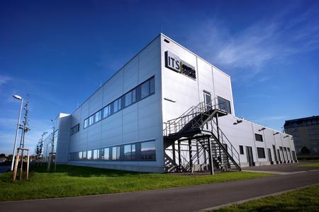 TÜV Rheinland: Neuer Modulrahmen von Innotech Solar bis 8.000 Pascal belastbar