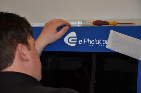 A company logo for the first measuring device – labelling is the boss's privilege and responsibility: young entrepreneur Matthias Eichmann (FH), Managing Partner of ePholution GmbH, wouldn't forgo the opportunity of putting his shoulder against the wheel himself, Photo: Sabine Nollmann