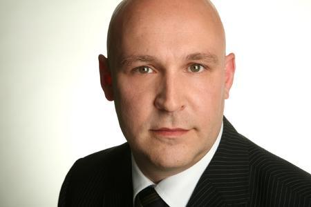 Markus Wingen, Sales Manager NEC Network Solutions D-A-CH bei NEC, freut sich über  den neuen Partner Imtech Telecom
