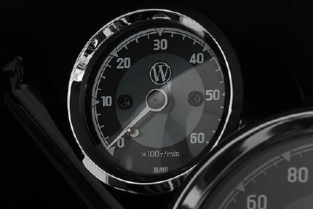 The »R 18 Edition« rev counter