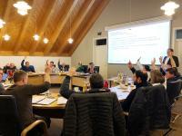 Gemeinderat Schlier beschließt einstimmig die Vergabe der Quartiersversorgung des geplanten Neubaugebiets.   Bild: schäffler sinnogy