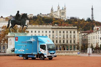 Das rein elektrisch betriebene Fahrzeug wird künftig im kommunalen Einsatz in Lyon unterwegs sein
