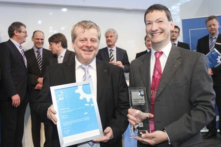 INDUSTRIEPREIS 2012 - Sieger Medizintechnik, sarastro GmbH: Hermann Schirra, Dr. Dirk Kreischer (v.l.n.r.)