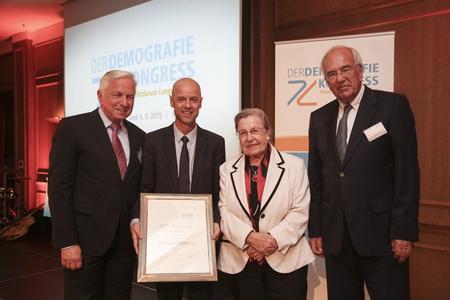 Der Demografiekongress 2015. V. l. n. r: Dieter Hackler, Wolfgang Frey, Ursula Lehr, Ulf Fink