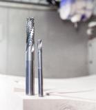 Das Hufschmied Schrupp-Schlicht Werkzeug BlockBuster ist optimal geeignet für Polyurethan-Blockmaterial / Bild: Hufschmied Zerspanungssysteme