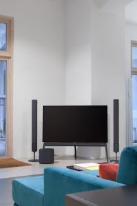 loewe mycs showrooms loewe technologies gmbh pressemitteilung. Black Bedroom Furniture Sets. Home Design Ideas