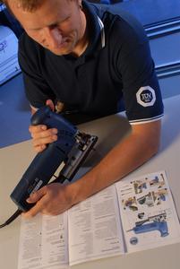 Die Experten von TÜV SÜD Product Service prüfen Werkzeuge wie Stichsägen, Bohrer und Schrauber hinsichtlich ihrer Sicherheit und der angegebenen Leistungskriterien