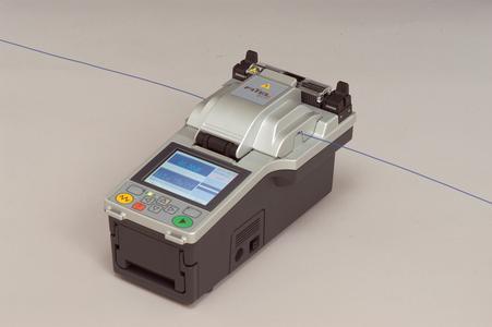 Die Sensation in der professionellen 3-Achsen-Spleißgerätetechnologie: 3-Achsen-Spleißgerät S177 des Technologieführers FITEL Furukawa