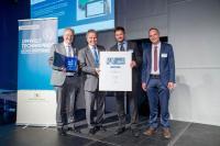 Umweltminister Franz Untersteller (2.v.l) mit den Palas® Geschäftsführern Leander Mölter (links). Dr.-Ing. Maximilian Weiss (2.v.r.) und dem Vertriebsleiter Ralf Emberger (rechts)