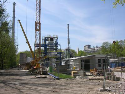 Klärschlammverbrennungsanlage eine der großen Investitionen der InfraServ in diesem Jahr. Die Anlage, hier ein Bild vom aktuellen Baufortschritt, soll noch heuer in Betrieb gehen.