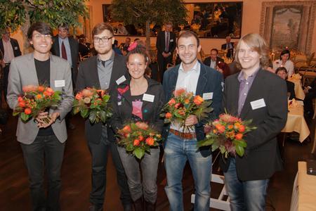 Die Preisträger des Tudalit-Architekturwettbewerbs 2012: Hermann Fliegel, Marcus Ebert, Antonia Schwarzmeier, Marius Drauschke, Benjamin Welscher