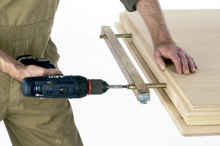 doormaster® - mounting of fixation irons