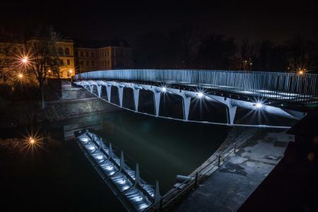 Deutscher Verzinkerpreis 2017: Mit einem der beiden dritten Preise der Kategorie Architektur wurden Baum & Baros Architekten, Roetgen für die Comeniusbrücke in Jaromer ausgezeichnet.
