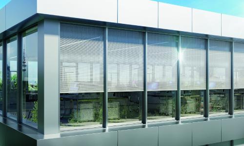 Mit dem Sonnenschutz CSB erhält der Nutzer einen perfekt in die Schüco Fassade FWS 50/60 integrierten Sonnenschutz