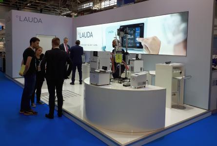 At the Forum LABO, LAUDA presented temperature control units of the PRO and Interal lines, among others