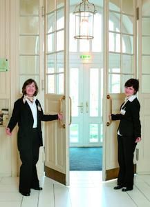 Perfekter Service in Kultureinrichtungen - WWS Strube bietet ihn mit der Unterstützung von cobra Adress PLUS, (Foto: WWS Strube GmbH)