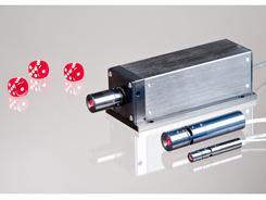 Laser mit verbesserter Schärfentiefe und Strahldurchmesser