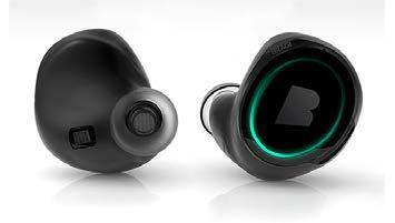 Ausgestattet mit Mikrobatterien von VARTA Microbattery: Einer der ersten kabellosen In-Ear-Kopfhörer des jungen Start-up Unternehmens Bragi / Foto: Bragi