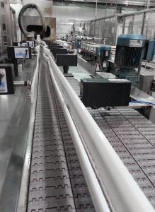 Automatisch verstellbare Seitenführung