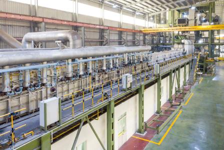 The new line will enable Ruifeng to coat 350,000 tons per year of cold strip for the construction and home appliances industries. The layer to be applied will be aluminum-zinc or zinc
