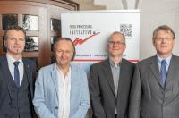 Norbert Reichl, FPI e.V., Achim Sampl, Prof. Dr. Mark Bücking, Fraunhofer IME, Dr. Klemens van Betteray, CSB GmbH