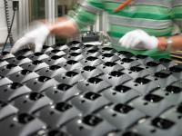 Die Heinze Gruppe ist ein Zusammenschluss führender Unternehmen aus der Kunststofftechnik, der Oberflächenveredelung, der Galvanik, des Werkzeug- und Vorrichtungsbaus, des Engineerings sowie Produkte im weitläufigen Gebiet des Leichtbaus, wie Hohlkörper-Betondecken und Aluminiumbrücken.