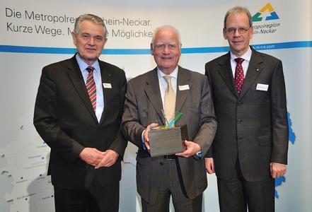 Unternehmer mit gesellschaftlicher Verantwortung: MRN-Award für Dr. Manfred Fuchs