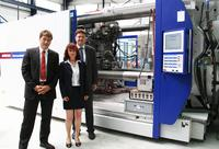 WITTMANN BATTENFELD delivers 2 machines from the MacroPower series to PLASTTECHNIK HOHLEBORN